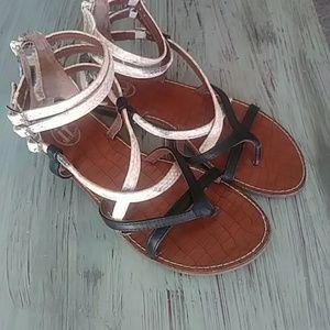 Shoes - Beautiful gladiator sandals